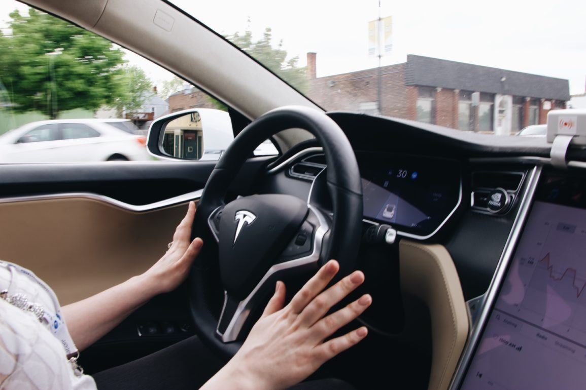 Multiple Computer Vision Engines: How Mobileye and Tesla are Tackling 3D Perception 16