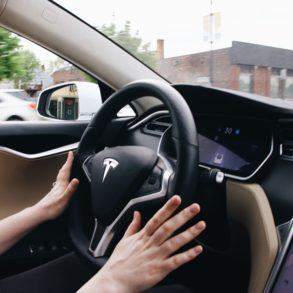 Multiple Computer Vision Engines: How Mobileye and Tesla are Tackling 3D Perception 15