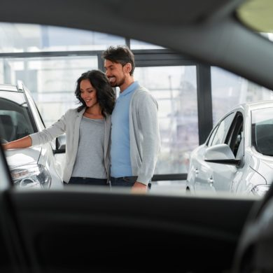 Automotive Retail Success Will Depend on Integrated Approaches to Online & Onsite Customer Engagement 43