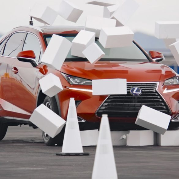 This Video From Lexus Shows The Dangers of Texting & Driving 15