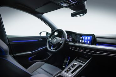 Merging Performance & Connectivity: Inside The New Digital Cockpit of The Volkswagen Golf GTI & Golf R 14