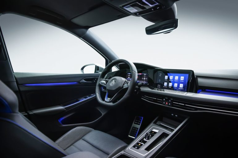 Merging Performance & Connectivity: Inside The New Digital Cockpit of The Volkswagen Golf GTI & Golf R 16