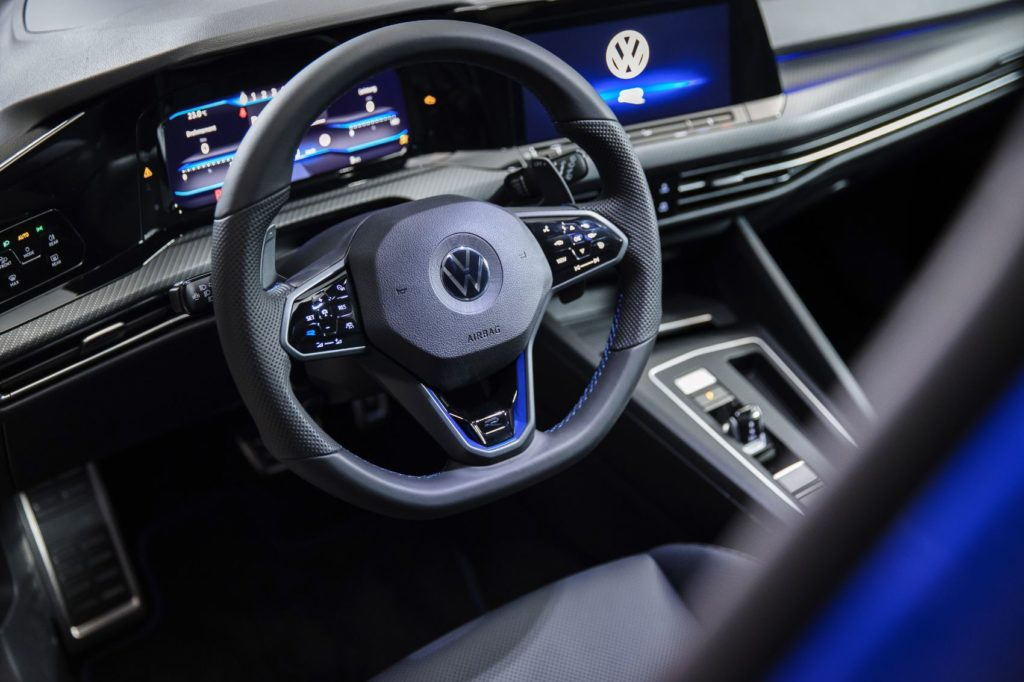 Merging Performance & Connectivity: Inside The New Digital Cockpit of The Volkswagen Golf GTI & Golf R 21