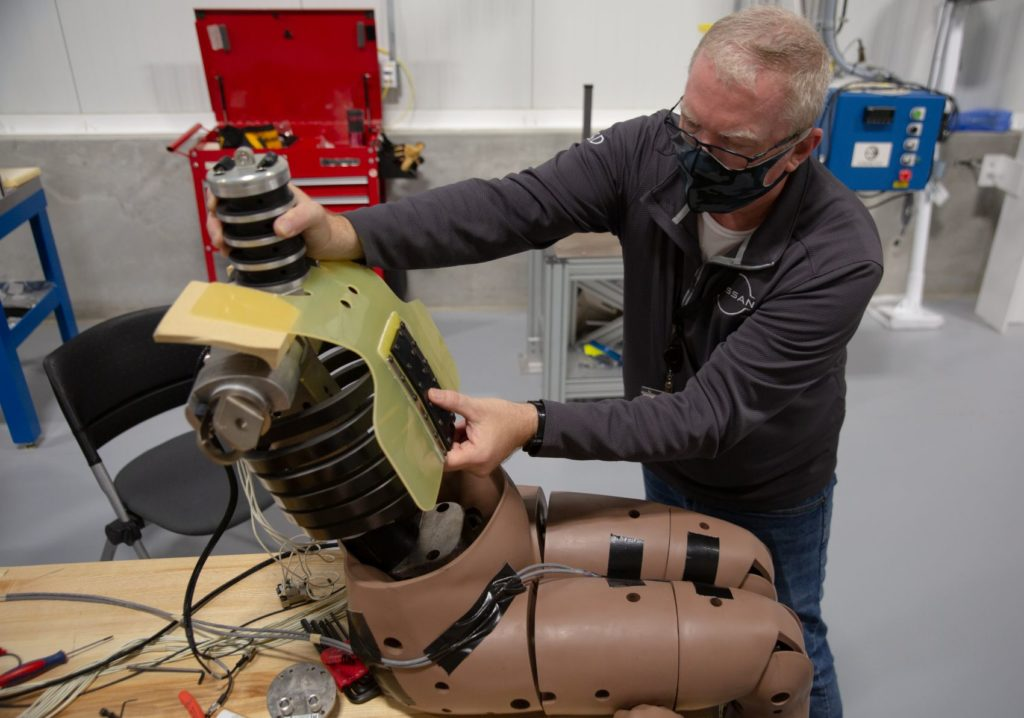 Nissan Expands R&D With New Safety Advancement Lab in North America 20